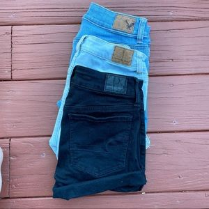 AMERICAN EAGLE • 3 pairs of shorts